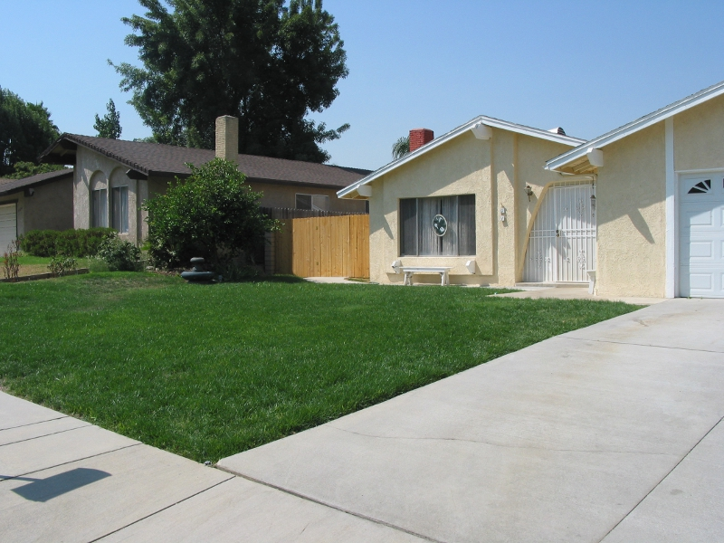 Sod grass leveled and laid redlands home services for Home landscaping services